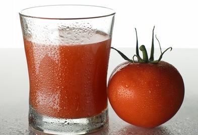 Sumo Rejuvenescedor de Tomate e pepino